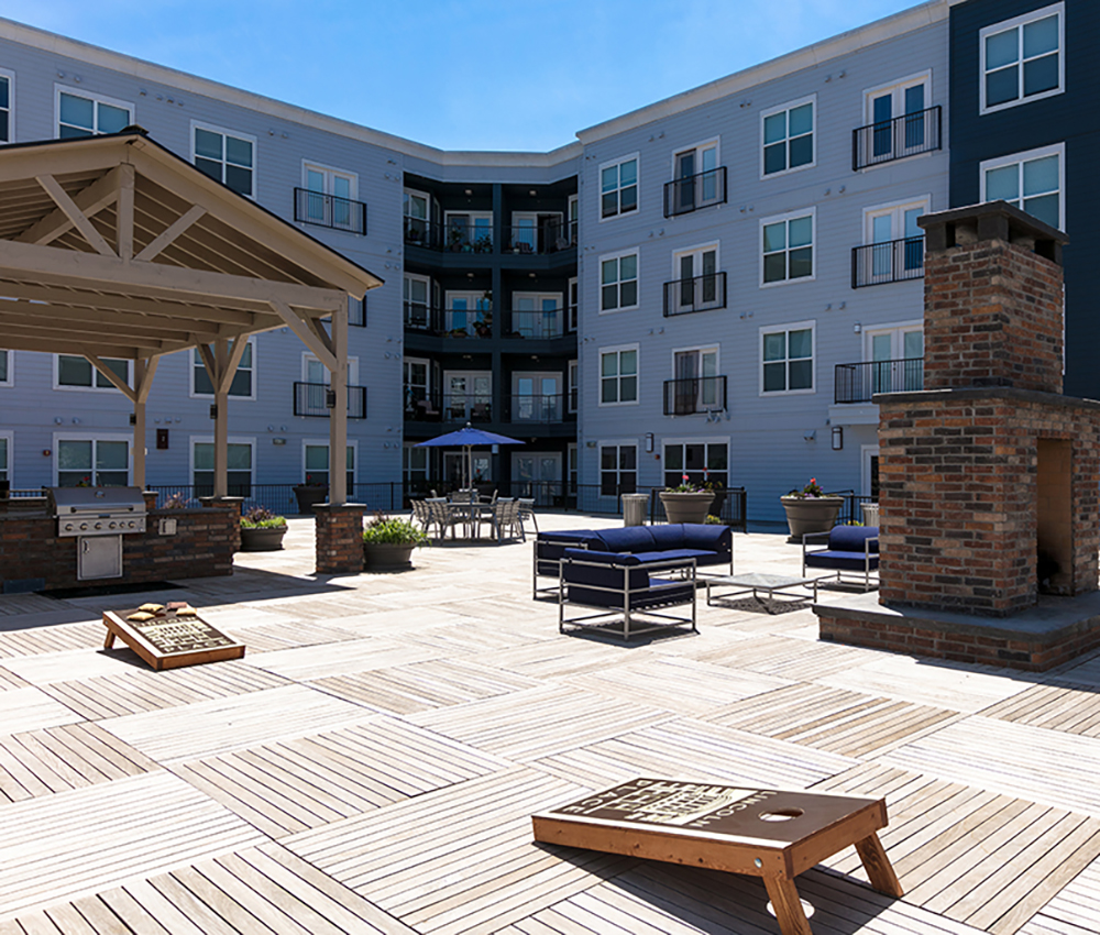 Renovated Courtyard Downtown Loveland Apartments
